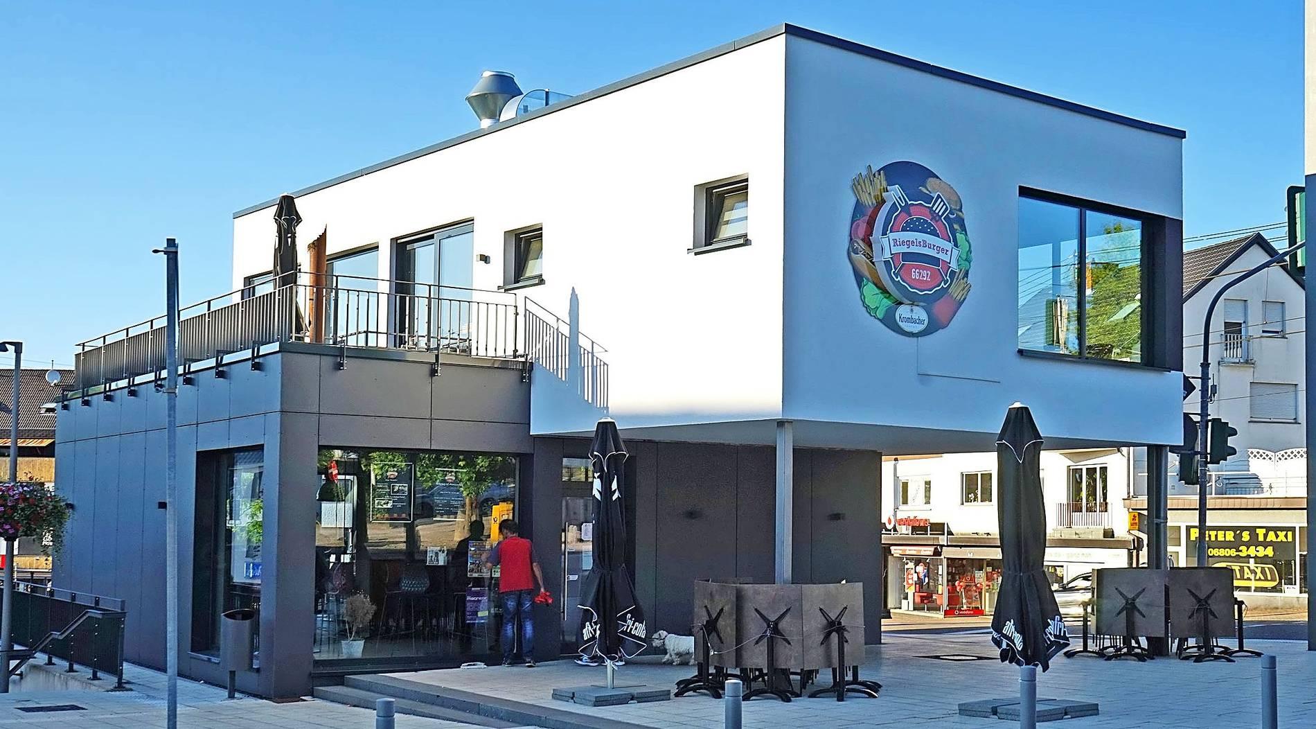 Saarbrücker zeitung ohne mauern gemeinde Vier Jahre