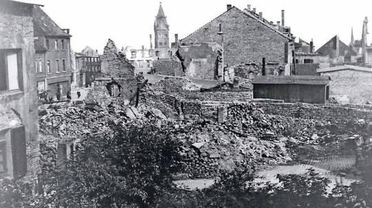 Als Neunkirchen in Schutt und Asche lag