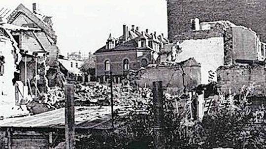 Bomben, Trümmer, Wiederaufbau