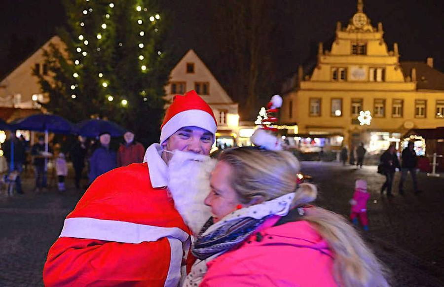 ottweiler altstadt pr sentiert sich wieder als weihnachtsdorf. Black Bedroom Furniture Sets. Home Design Ideas