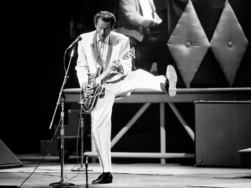 Rock 'n' Roll-Legende Chuck Berry 1986 im Fox Theater in St. Louis (USA). Foto: James A. Finley