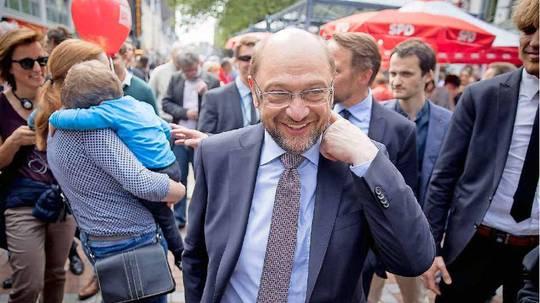 SPD sackt deutlich ab, CDU legt zu