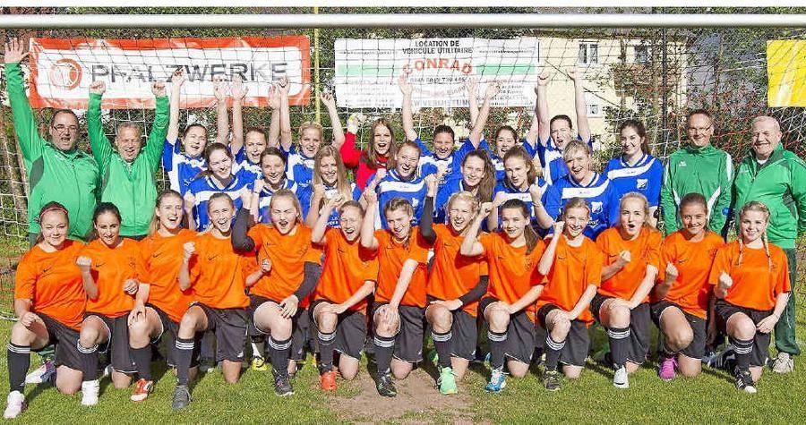 Aufstrebende Fußball-Mädchen