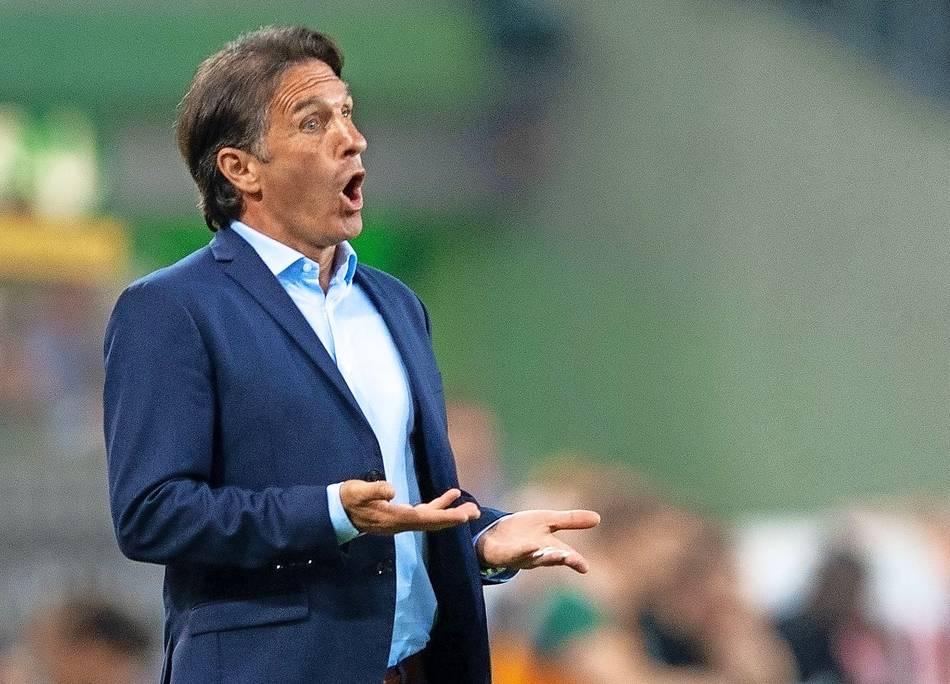 Köln steigt aus Bundesliga ab - HSV gewinnt in Wolfsburg