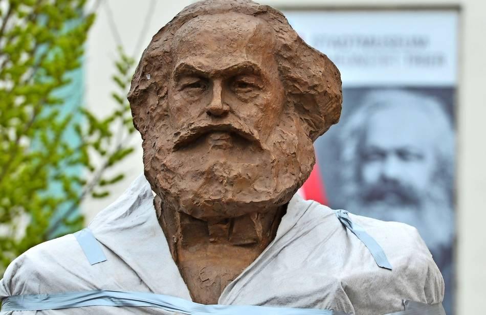 Gesellschaft für bedrohte Völker protestiert gegen Marx-Statue