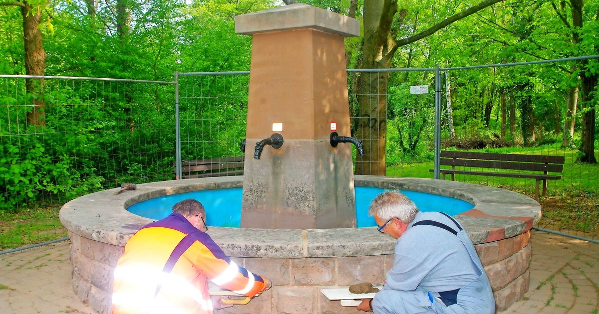 hirtenbrunnen in walpershofen sprudelt bald. Black Bedroom Furniture Sets. Home Design Ideas
