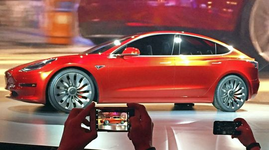 Tesla bekam erneut keine Bestnoten in US-Crashtest