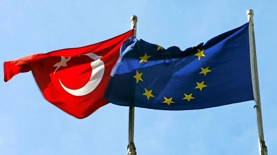 EU-Türkei-Gespräche über Spannungen