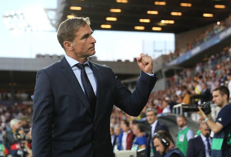 Kuntz bleibt U21-Trainer
