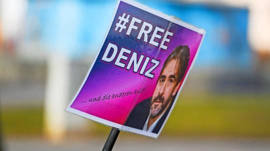 Deutscher Botschafter besucht erneut Deniz Yücel