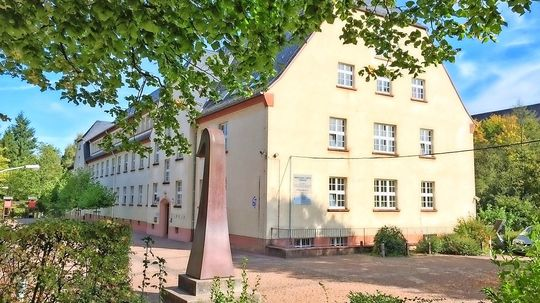 Nikolaus Gross Schule Feiert Runden Geburtstag