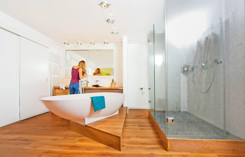 Bad Fußboden Auf Dielen ~ So klappt´s mit dem holzboden im bad
