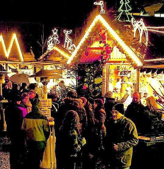 Nikolausmarkt in Homburg: Homburger Nikolausmarkt mit