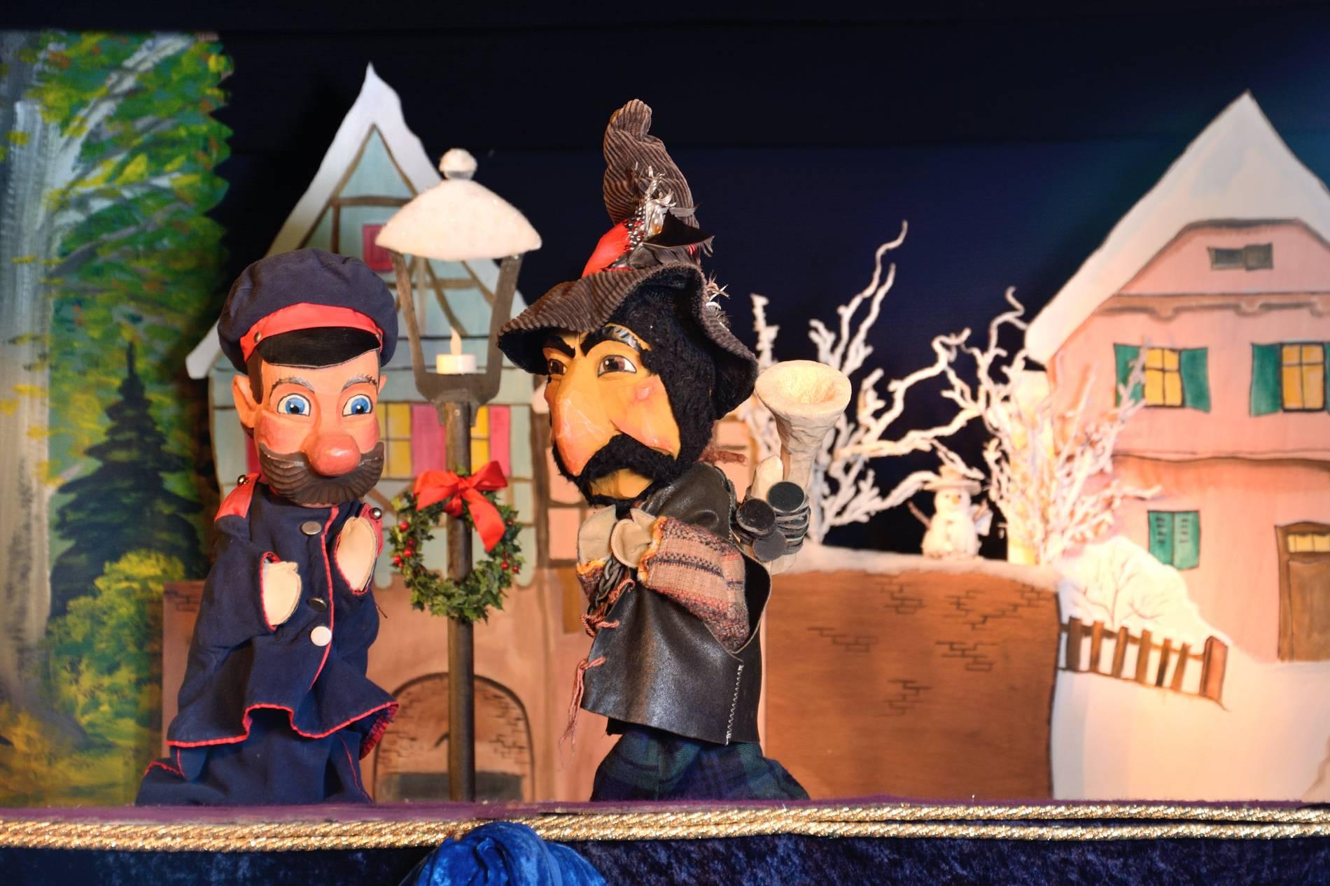 Puppentheater Weihnachten Mit Kasper Und Dem Räuber Hotzenplotz