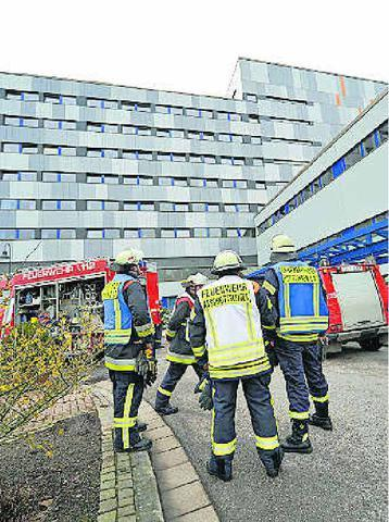 Überraschende Übung für die Feuerwehr an der Püttlinger Klinik