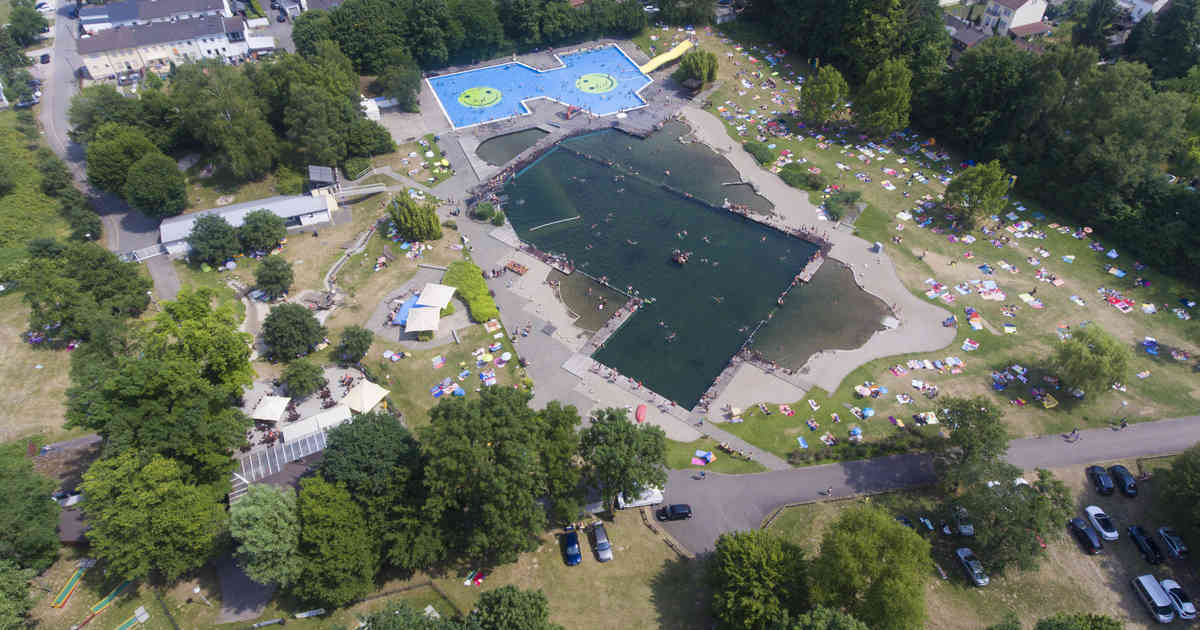 Welche Schwimmbäder Haben Geöffnet