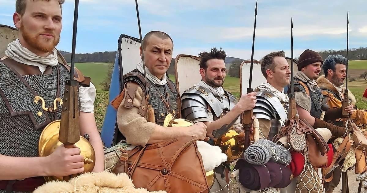 Entlang der einstigen Römerstraße: Römische Legionäre schlagen ihr Lager auf