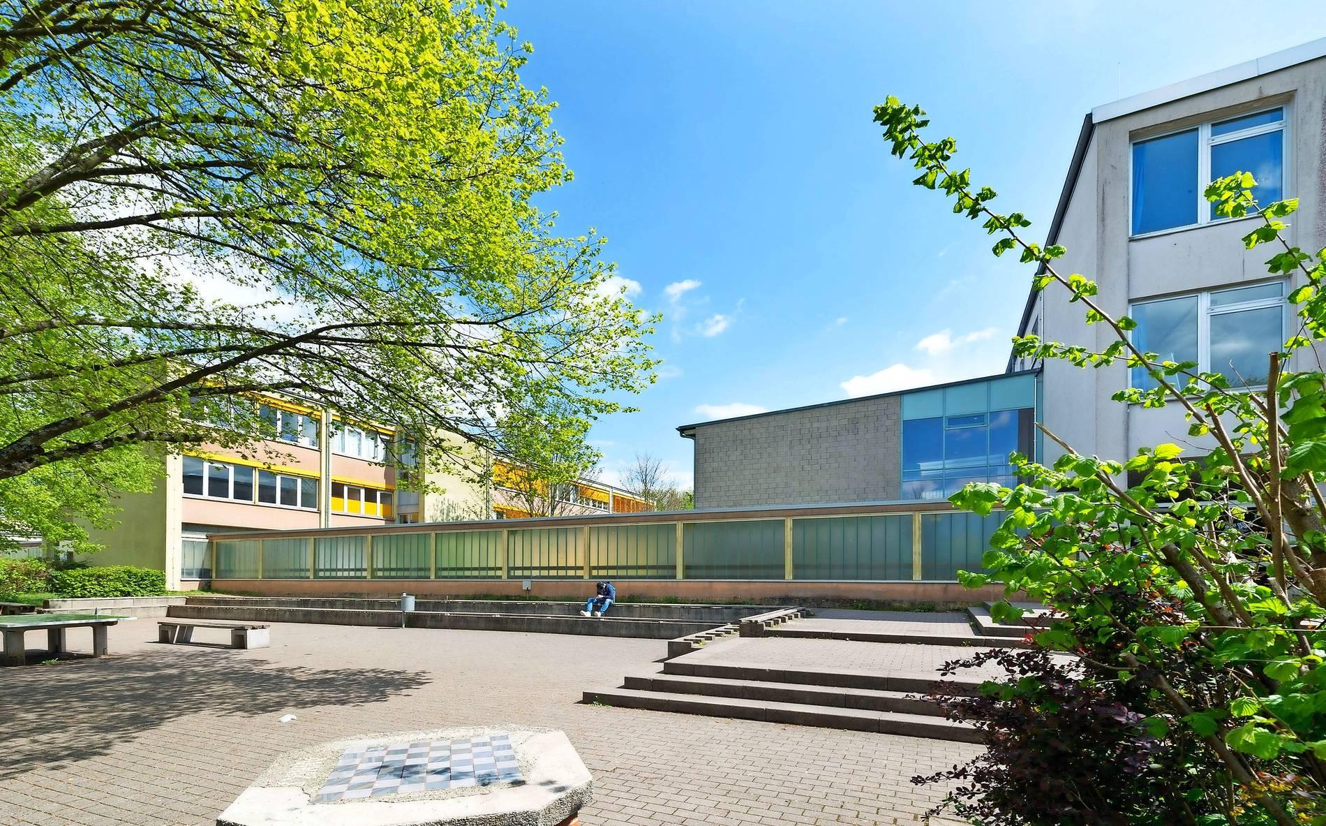 Anbau für Riegelsberger Schulen: Schulanbau wird größer und teurer